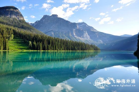 加拿大移民简单快捷的途径是什么?一步到位绿卡1.jpg